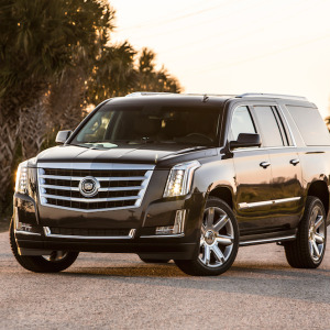 2015-cadillac-escalade-front-three-quarter copy